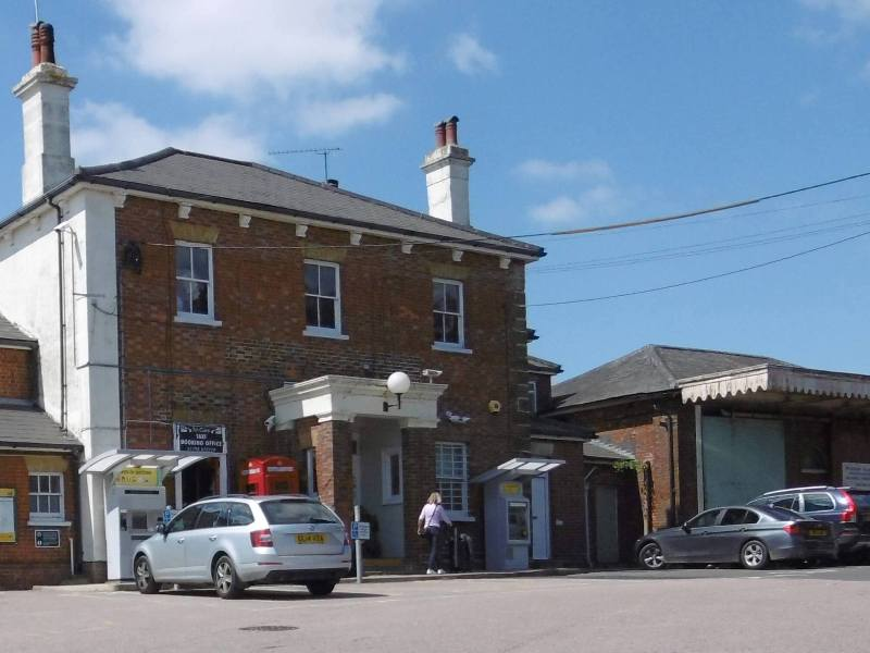 Pulborough Station